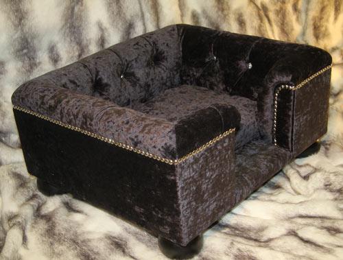 sandringham crushed velvet luxury dog bed